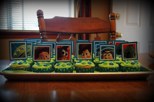 toy story cupcakes (2)