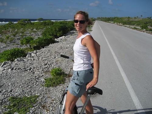 riding south, Fakarava
