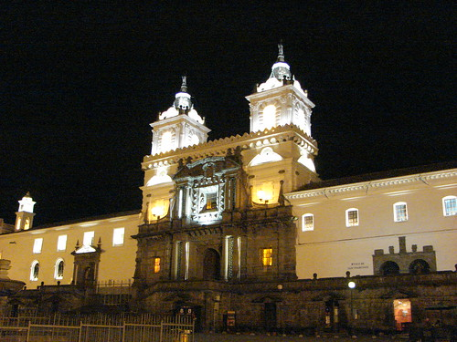 Quito Nocturno - Convento de San Francisco