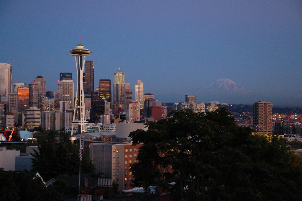 late evening seattle skyline from Kerry Park