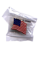 Bandera americana, pin para solapa (Daquella manera) Tags: china old usa art star us pin arte glory flag 911 banner bandera patriotism import banderas spangled nationalism madeinchina export patriotismo nacionalismo importacion