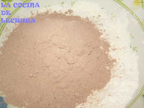 Pastel choco-naranja harina y cacao