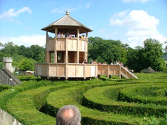 Maze House (Jay.1) Tags: maze wiltshire longleat hedges