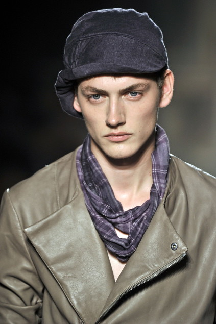 Jakob Hybholt3621_SS11_Milan_John Varvatos(first VIEW)