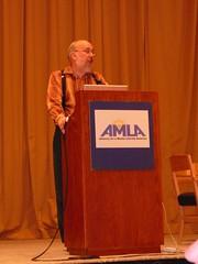 henry's keynote at NMEC (alist) Tags: mit stlouis podium alist missouri wikipedia stl medialiteracy teach keynote learn literacy robison nmec participatoryculture newmedialiteracies amla henryjenkins cmsmit alicerobison