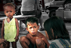 batang lansangan (gondaeugenepaul) Tags: poverty life street male kids children child play philippines poor help manila filipino malnutrition