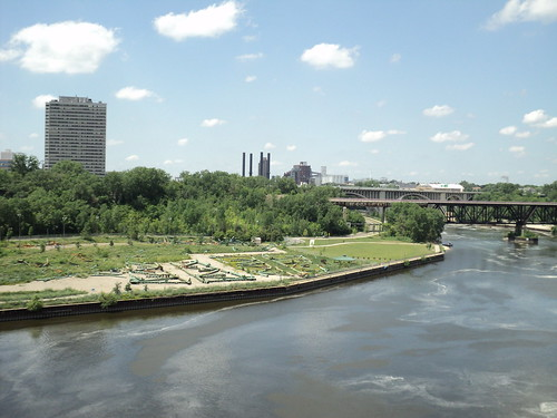 Bohemian Flats with Old 35W Bridge Remains