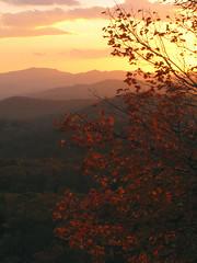 October Sunset at Beacon Heights (BlueRidgeKitties) Tags: sunset landscape northcarolina blueridgeparkway westernnorthcarolina southernappalachians ccbyncsa canonpowershotsx10is