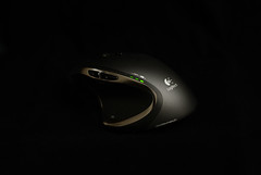 Logitech Performance MX Mouse Side (YUE) Tags: mouse logitech darkfield m950 performancemx sony3514 sony35g sony3514g