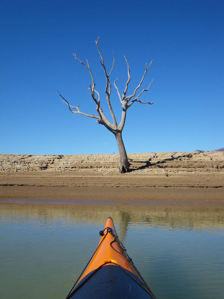 Pantano de Yesa en kayak 016