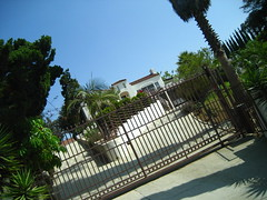 the home of the la bianca's (_melika_) Tags: house history famous hills murder crimescene thefamily helterskelter charlesmanson labianca dearlydepartedtour susantate helterskeltertour thelabiancahouse dearlydepartedtours
