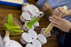070327 Yum Cha 04 (Sliceof) Tags: hongkong tea dimsum cups chopsticks spoons yumcha kennedytown