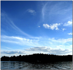 Into the Blue (Maureen F.) Tags: sky lake beauty muskoka eow lakemuskoka fromthedock mywinners abigfave aplusphoto goldenphotographer lovedtheclouds