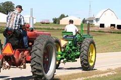 tractor ride 373 (fliesetfriends) Tags: county family tractor minnesota festival vintage john river mississippi town tour oliver ride farmers farm small country minneapolis case parade watermelon valley flies local tractors kellogg mn deere bluff farmall 2007 ih watermellon moline minneapolismoline wabasha internationalharvester bluffcountry moliine kelloggmn fliesbrothers