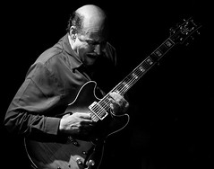 mo' sco' (Belltown) Tags: seattle bw blackwhite guitar live performance jazz top20livemusic johnscofield jazzalley i500