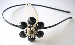 Black and White Vintage Flowers Headband