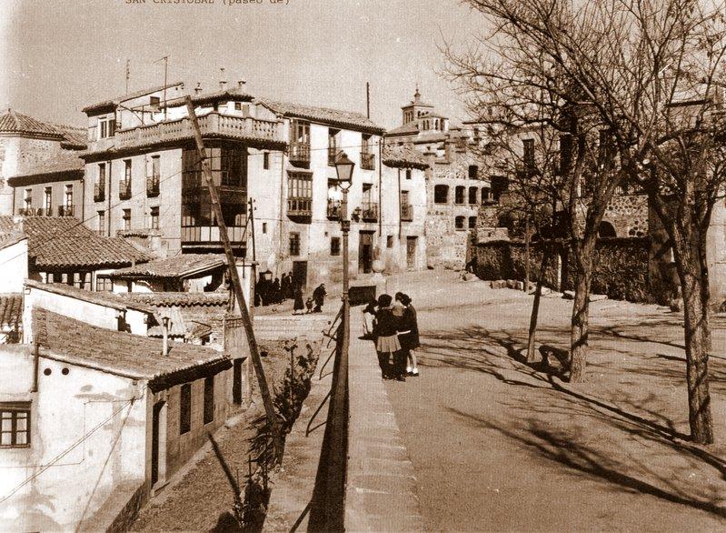 Paseo de San Cristóbal a mediados del siglo XX