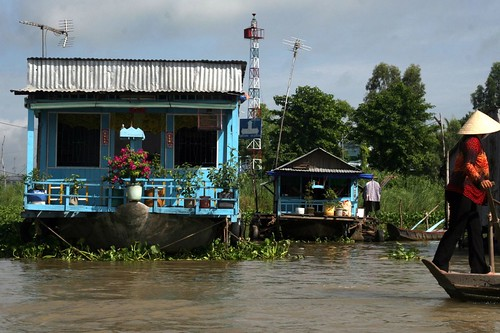 Getting into the floating village