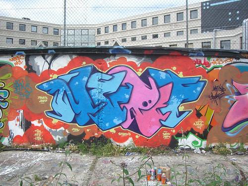 nombre es Franco Fasoli, arranco en el arte de el graffiti en