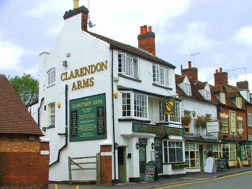 Kenilworth Pub - Clarendon Arms