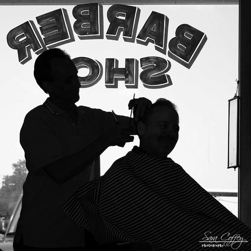 how to cut hair like a barber