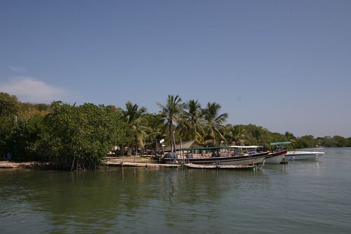 Caño del Oro fishing village just 10 speed boat minutes from Cartagena downtown.