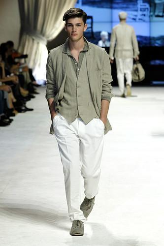 SS11_Milan_Dolce&Gabbana0017_Oscar Spendrup(Official)