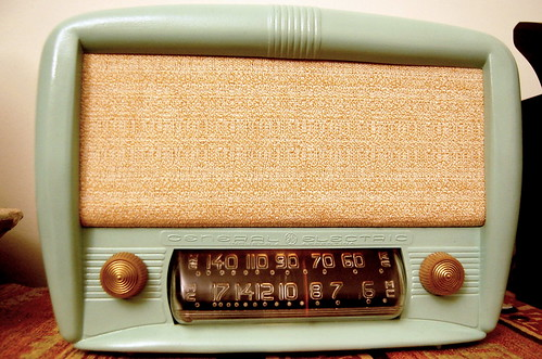 Radio General Electric by Fernando Candeias, on Flickr