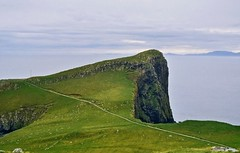 Neist Point 2  Steven F Watson 2007 (WatscapePhoto) Tags: ocean skye point se islands innerhebrides cliffs minch coolest headland seacliffs outerhebrides neistpoint anawesomeshot minginish holidaysvacanzeurlaub ishflickr