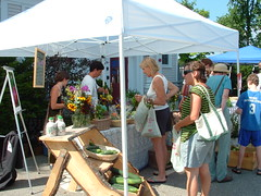 Saturday Farmers' Market is busy