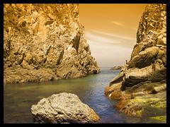 "La Franca (Asturias) (""PABLO"" ) Tags: sea color colour beach photoshop mar bravo holidays rocks pablo asturias playa olympus vacaciones rocas cantabrico canales e500 chanels naturewatcher fiveflickrfavs"