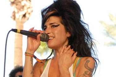 Sex addict Amy Winehouse