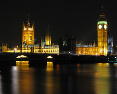 Thames Placid (shutterBRI) Tags: longexposure travel bridge light england black london tower english clock thames night canon river photography lights photo nightshot parliament bigben powershot illuminated government houseofparliament 2007 a630 supershot shutterbri brianutesch flickrchallengegroup flickrchallengewinner photofaceoffwinner pfogold brianuteschphotography