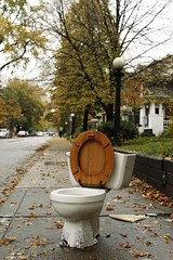 Autumn toilet (Toronto) (ardenstreet) Tags: autumn toronto ontario fall abandoned public leaves trash garbage junk toilet sidewalk lonely littleitaly palmerstonavenue streetgarbage