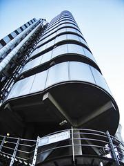 Lloyd's 01 (Eva Garca Pascual) Tags: england london architecture modern arquitectura bank richard londres rogers lloyds