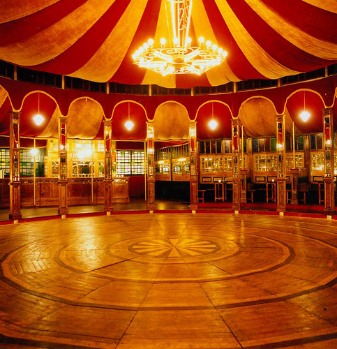 Spiegeltent, South Street Seaport NY