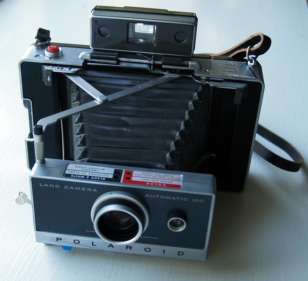 Polaroid Automatic 100