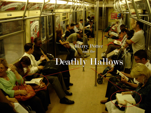 Harry Potter and the Deathly Hallows: How many read on the train ...