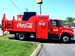 Coke Machine Truck + Dr. Pepper (Robert Lz) Tags: tractor classic cars museum wheels motorcycles caboose drpepper trucks racers oldcars cocacolatruck automobiles junkers oldtrucks showcars robertlz antiquewreckers