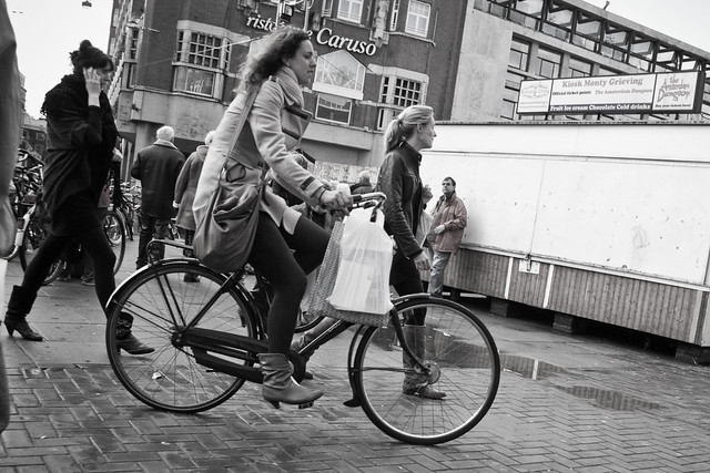 Amsterdam Cycle Chic - Riding Through