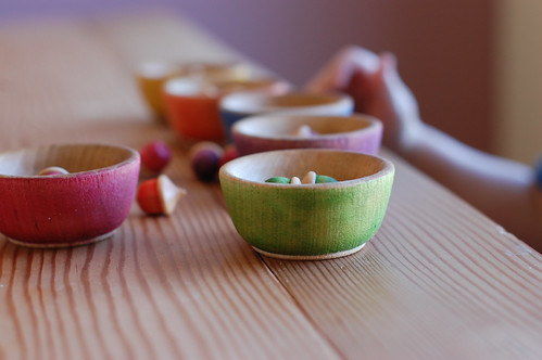 little bowls and acorns