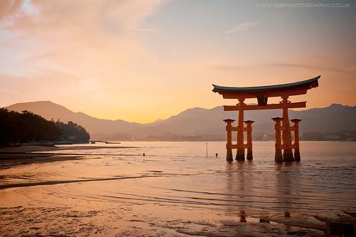 Itsukushima 厳島, Miyajima 宮島, Torii,  Japan