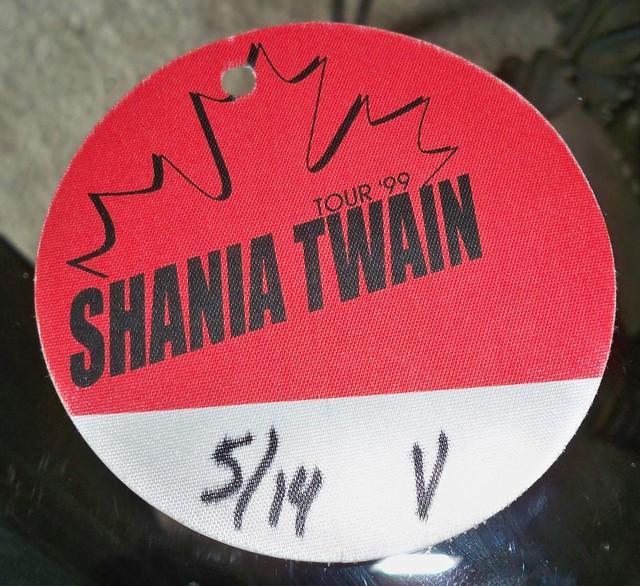 Shania Twain by SteveThompson