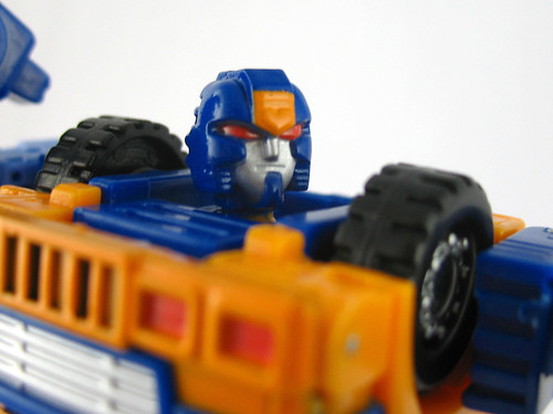Botcon 2007 Huffer (face close-up)
