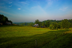 (beebo wallace) Tags: blue sky green grass barn rural virginia farm va flickrstock rsgmeetup20070714