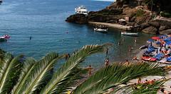 San Fruttuoso beach - Spiaggia di San Fruttuoso (klausthebest) Tags: sea italy beach mare camogli spiaggia italians sanfruttuoso abigfave worldbest holidaysvacanzeurlaub