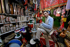 Jerusalem, Old City - King David St Shop (Sam Rohn - 360 Photography) Tags: travel musician music shop night israel interesting nikon d70 palestine jerusalem fisheye nikkor musicalinstrument oldcity dumbek palestinian locationscouting locationscout 105mmf28gfisheye nylocations samrohn bestofpalestinegroup