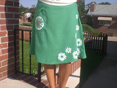 green daisy skirt