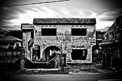 Rumah Hijau-1 (MohdFaizHashim) Tags: old house double story lama rumah banglo rumahhijau