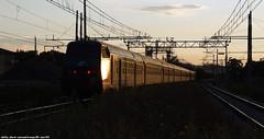 pilota md a santarcangelo di romagna (Matteo Nebiacolombo) Tags: tramonto treno fs treni stazioni ferrovie ferroviedellostato santarcangelodiromagna e632 e632xmpr trenialtramonto